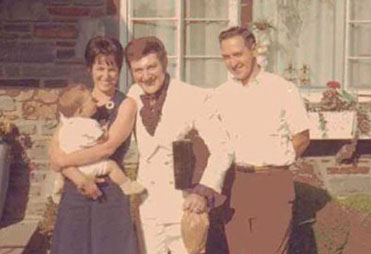 Baby Dave with parents and cousin Liberace, 1965