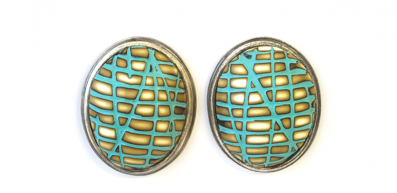 Button Earrings (078)
